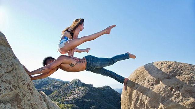疯狂瑜伽:无论身在何处都不耽误练习