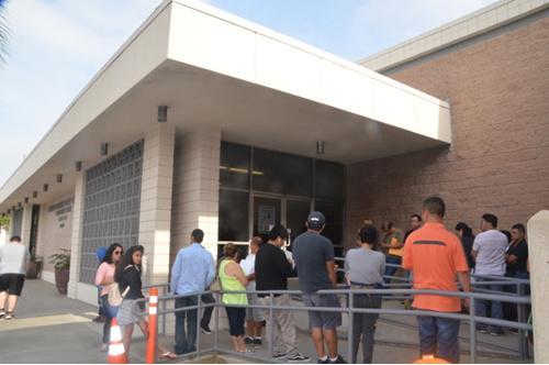 美蒙市邮局开展专场办护照活动