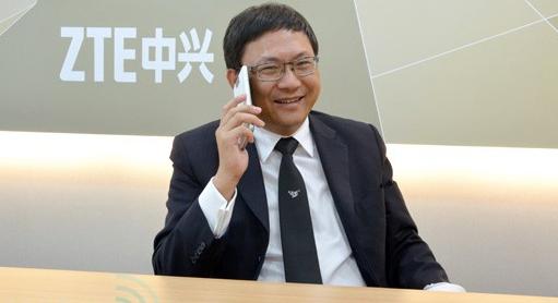 中兴程立新接受彭博采访:手机在北美市占第四名