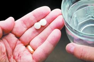 精神病人偷偷吐药怎么办?