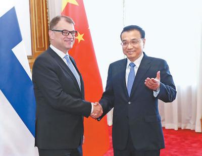 李克强同芬兰总理西比莱举行会谈