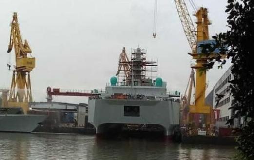 简氏关注中国新型双体舰:或用于搜集潜艇情报