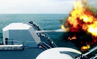 东海舰队海上实战画面曝光