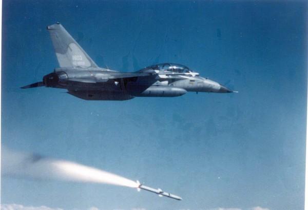 台军飞弹不是炸毁就是坠落 台监察部门要着手调查了