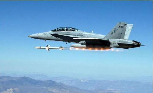 美军首次售台哈姆反辐射导弹 难改两岸军力态势