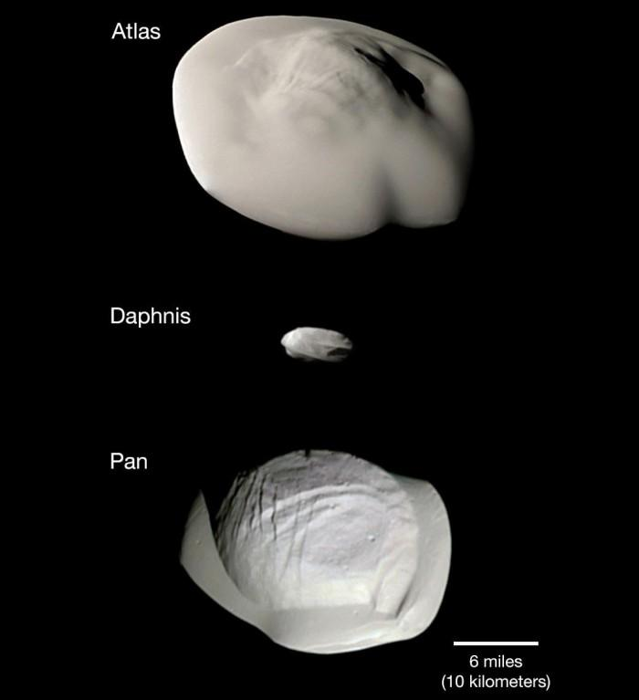 卡西尼号摄制三颗怪异土星卫星对比照片