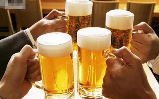 外媒:啤酒真可以提高免疫力 新加坡已申请专利