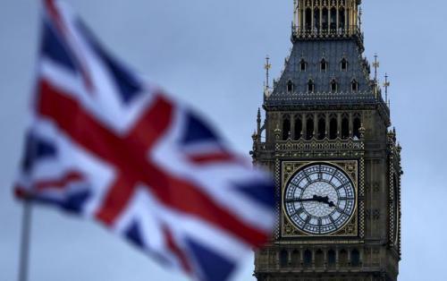 外媒:英政府已知会商界 特雷莎梅或退出脱欧谈判