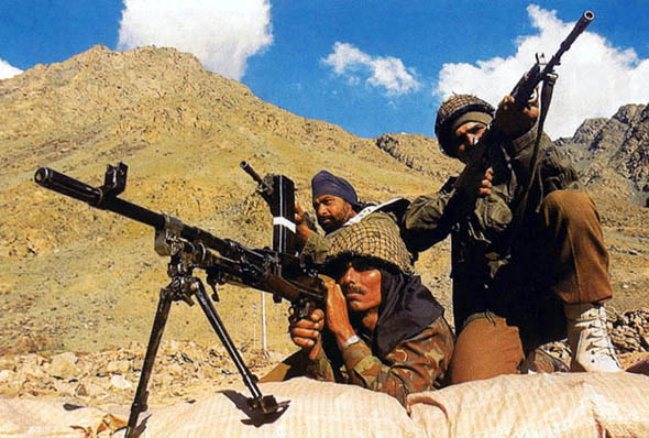 """印度""""保护不丹论""""遭打脸 野心膨胀仍继续增兵"""