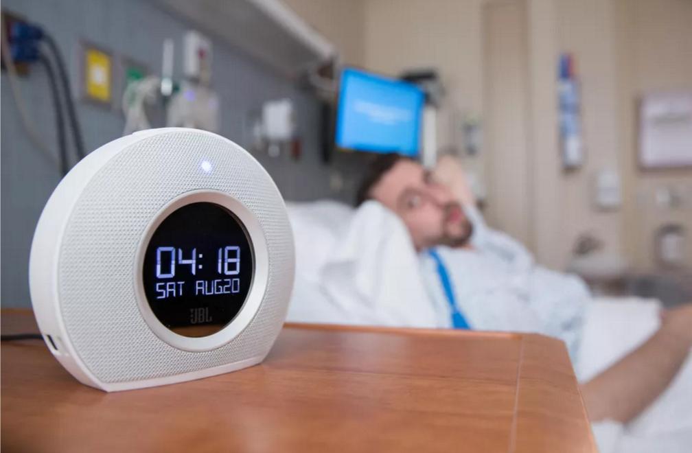 多亏了人工智能 再也不用担心在医院被忽视了
