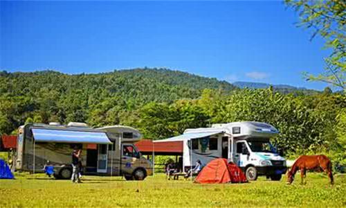 自驾车与露营旅游生成五大行业热点
