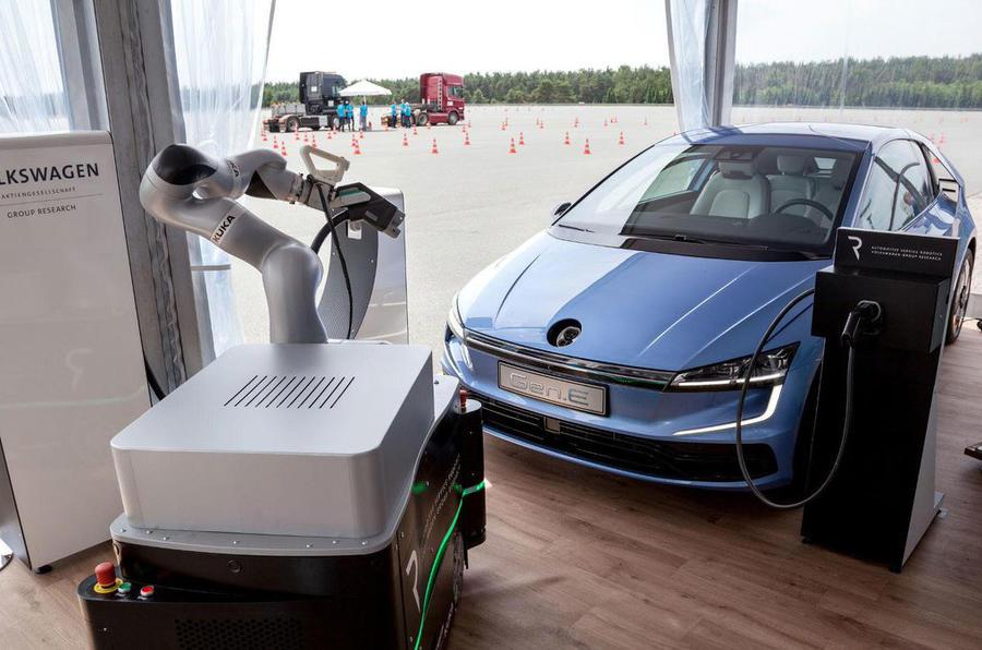 大众Gen.E原型车曝光 第八代高尔夫设计前瞻