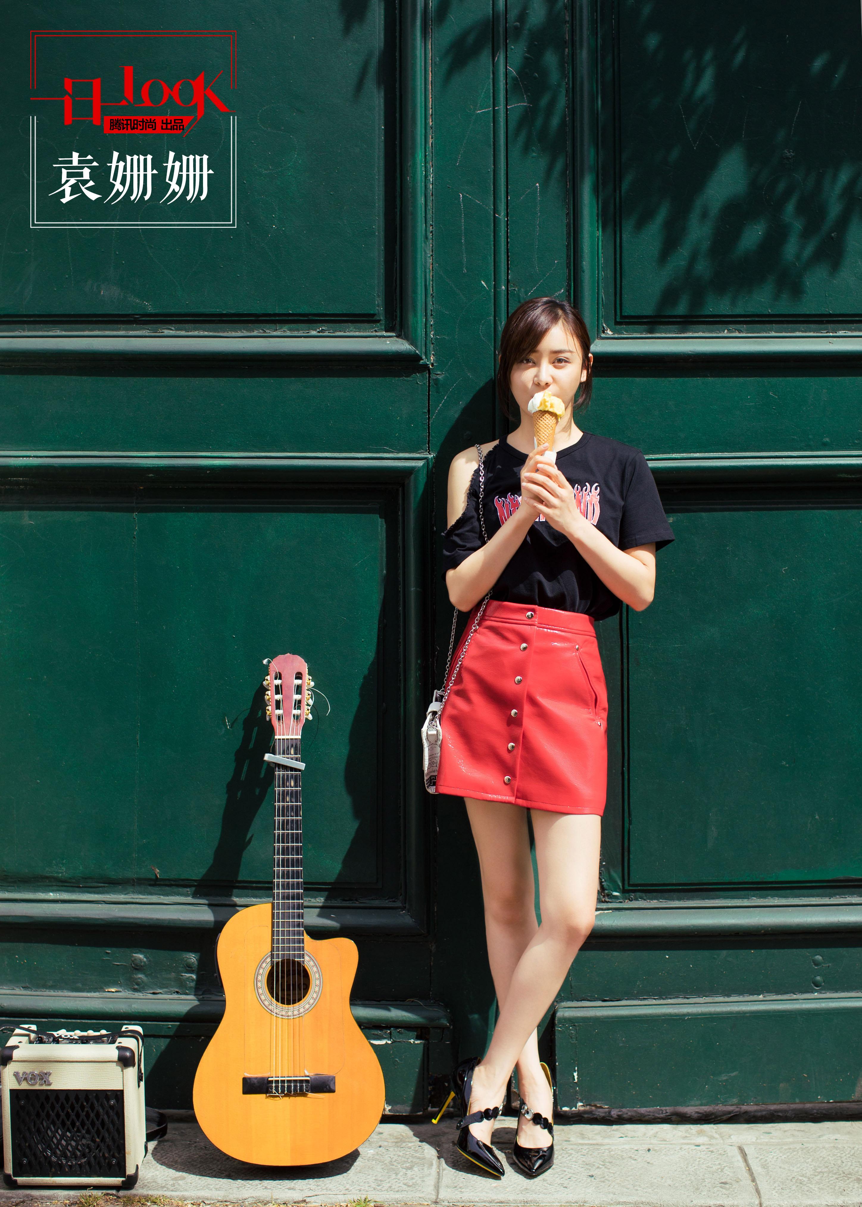 袁姗姗在巴黎街头散发甜美气息