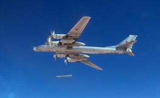 俄军轰炸机再次空射巡航导弹打击极端武装