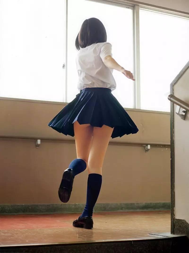 日本女教师诱惑_制服的诱惑|是谁~送你来到我身边~~~_时尚_环球网