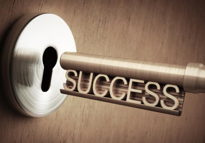 杨澜对话陈雪萍:成功的本质并非成就自己