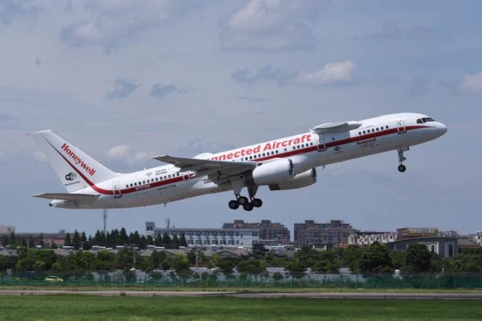 霍尼韦尔波音757测试机环球飞行 有多少黑科技