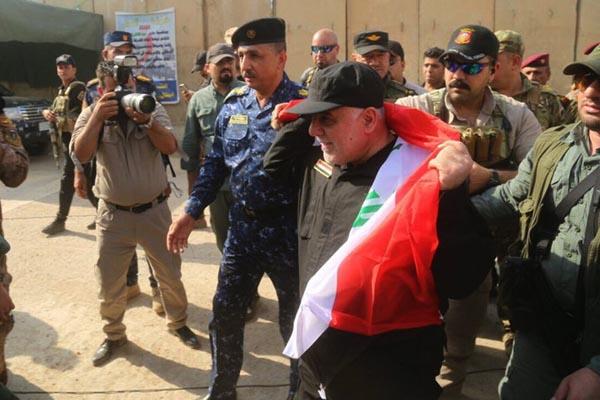 伊拉克摩苏尔全城解放 总理赴前线欢庆胜利