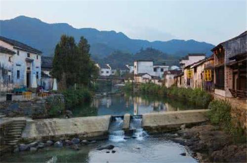 安徽:保护传统村落 禁止拆真建假