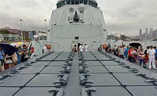 近距离接触052D银川舰垂发系统