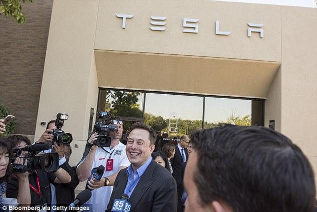 特斯拉将在澳大利亚建全球最大锂电池储能系统