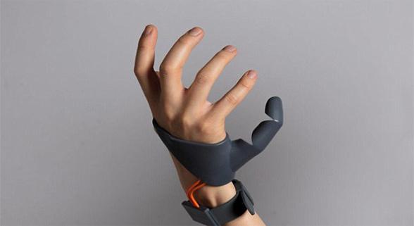 英大学生发明3D打印手指 或打破传统义肢观念