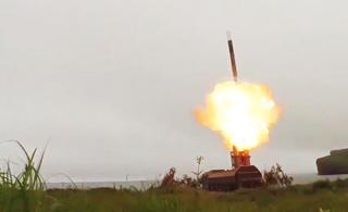 专打航母编队:实拍俄军最强岸防反舰导弹发射