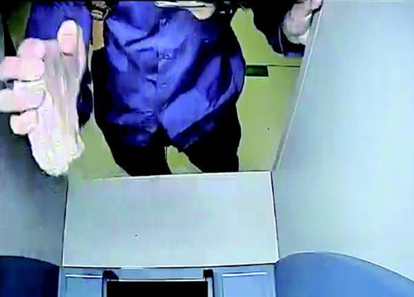 烟台/26岁男子砸取款机求被抓曾数次进拘留所混饭吃