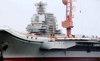在建国产航母舰岛搭满脚手架