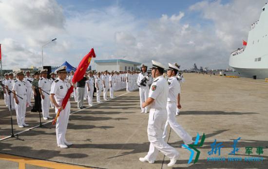 解放军驻吉布提保障基地成立 梁阳任基地司令员