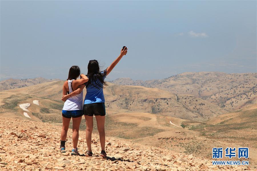 黎巴嫩索达山迎来登山旺季