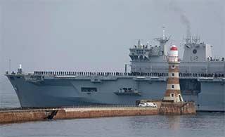 英海军旗舰完成最后航行退役封存