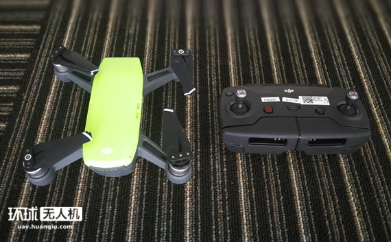 """大疆Spark""""晓""""无人机的遥控器来了 跟Mavic有啥不一样?"""