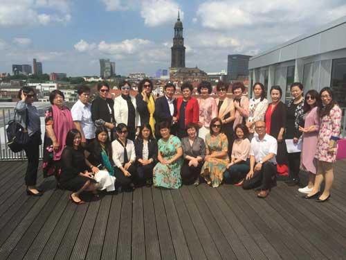中国女企业家协会代表团访问汉堡