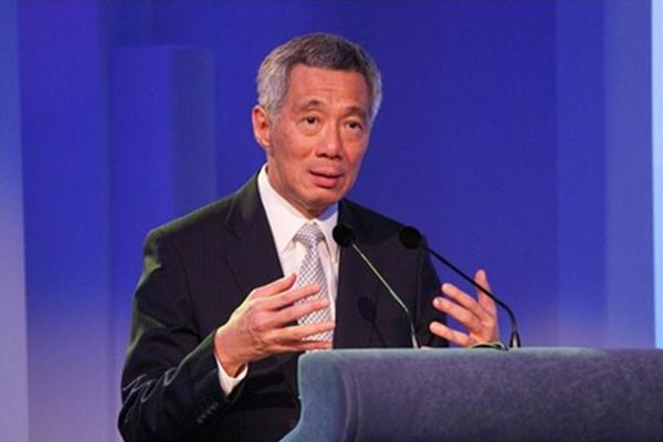 """李显龙谈""""小国外交"""":认清现实捍卫自身利益"""