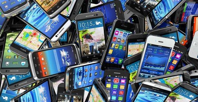 """国产手机仍处""""薄利多销""""境地"""