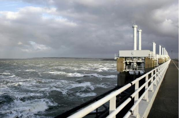 与海洋和解吧:荷兰欲兴建巨型漂浮岛 供多种用途