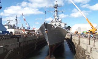 美军撞船宙斯盾舰开始维修 或要花费10亿美元