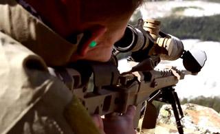 3450米外狙杀敌军:加拿大狙击手训练曝光