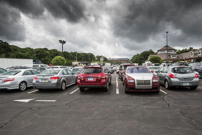 调查:美车主每年停车额外支出达数十亿美元