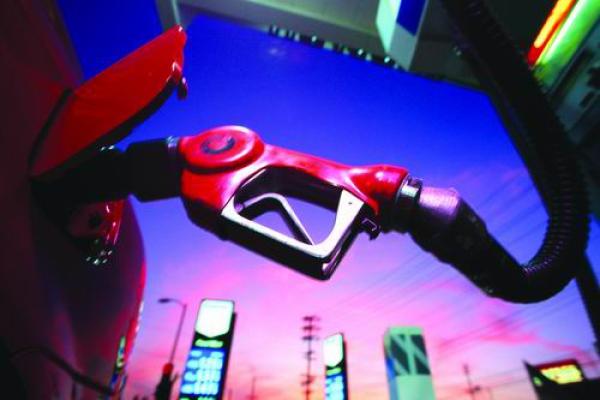 中石化加油站开始卖车 非油业务持续扩张