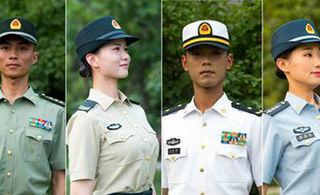 全军8月1日起佩戴夏常服帽