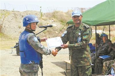 中国赴苏丹维和部队实弹射击比赛包揽两项冠军