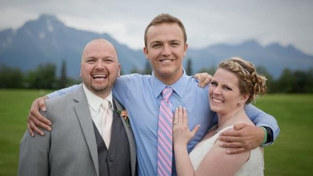 儿子离世后捐赠心脏 母亲婚礼上与受捐者意外相遇