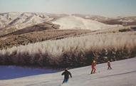 冬奥会催热冰雪旅游 冰天雪地向金山银山转化