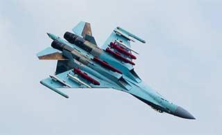 苏-35战斗机展现强大挂载能力