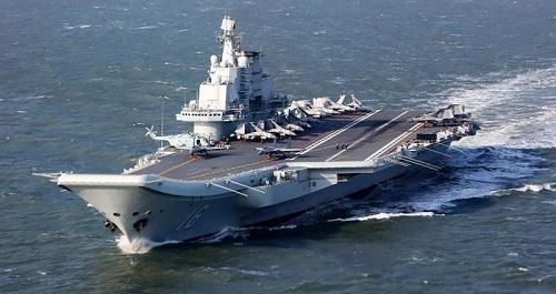 台媒炒作美军神盾舰罕见进台海跟踪中国航母