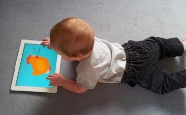 日本调查:幼儿接触电子设备时间越久开口讲话越晚