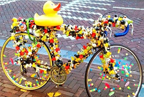自行车都要被你们玩坏了