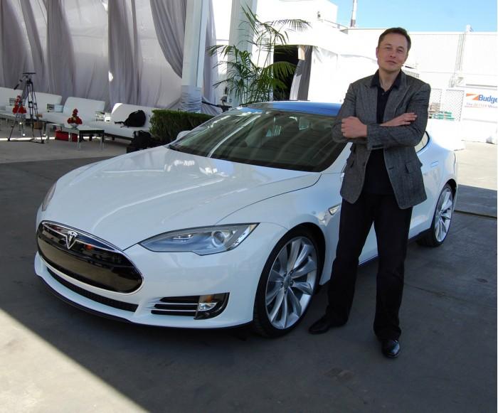马斯克:10年后美国一半新车是电动生产自动化
